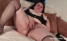 Pussy masturbation video with brunette horny mature
