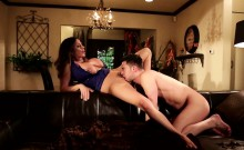 Bigtits Stepmom Banged In Many Poses