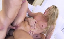 Double Penetration Hardcore video with AJ Applegate