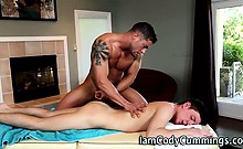 Muscly pornstar cums on twink