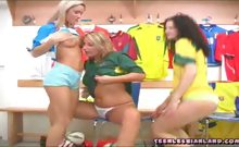 Girls in a gym locker stuff tounges in pussy