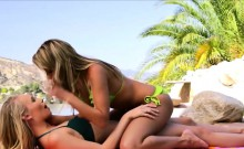 Blondie lesbians from school and strapon
