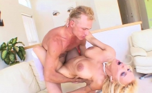 Ho blonde MILF gets a creampie