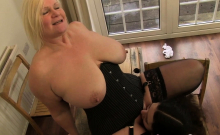 Lacey Starr Eating a Teenage Pussy