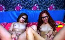 Kinky lesbian strapon fucking on webcam